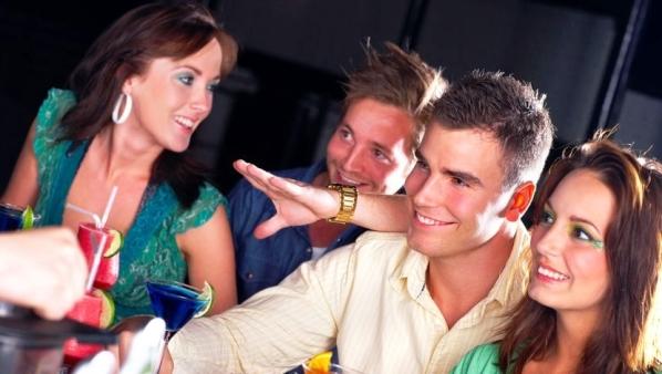 на как мальчиками правильно дискотеке с знакомиться